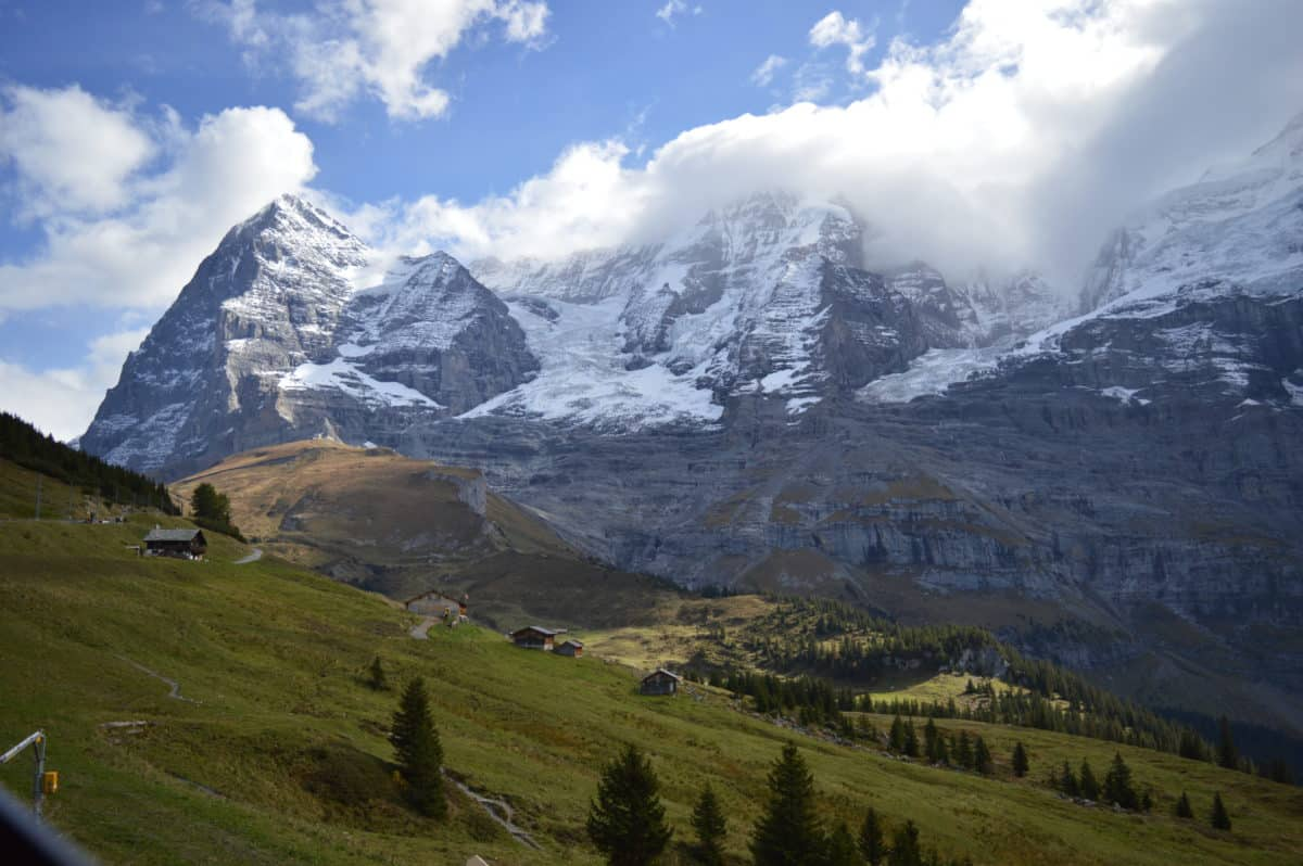 How to visit the Swiss Alps in a Day by Train!